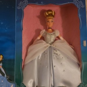 Other - 1998 Cinderella Barbie